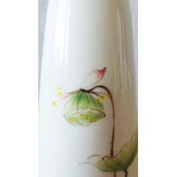Vase à décor de lotus détail