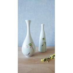 Ensemble de deux vases à décor de lotus