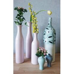 Ensemble de vases en porcelaine de Chine.