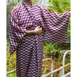 Kimono bordeaux à décor d'éventails