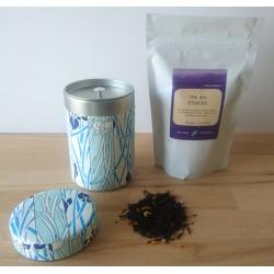 Thé japonais au choix et boite en papier chiyogami à motifs d'iris.