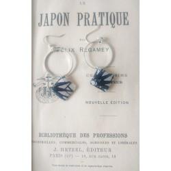 Boucles d'oreilles d'inspiration japonaise graphique et moderne fait-main