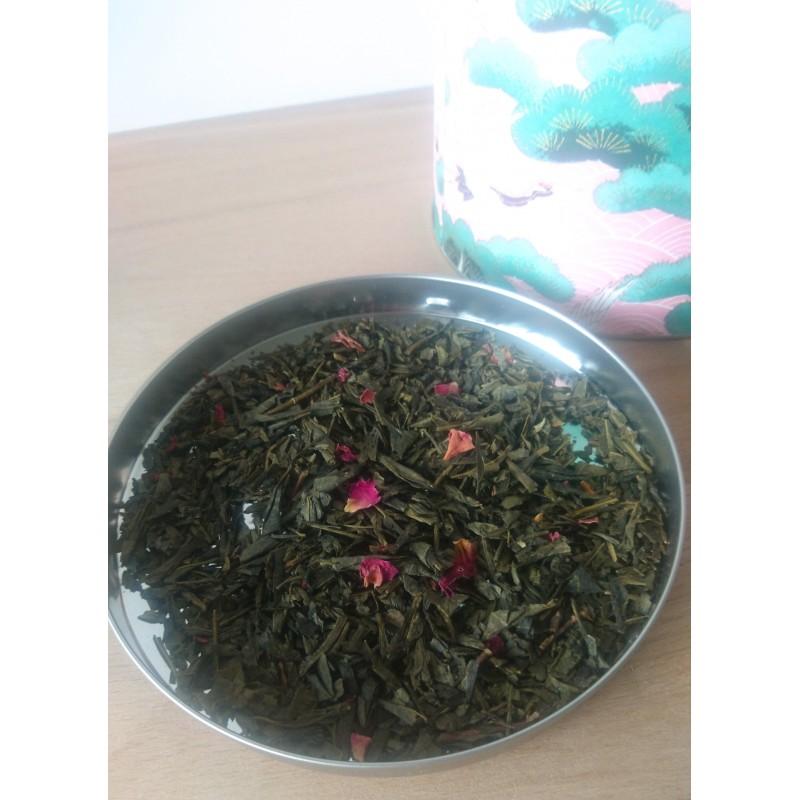 thé japonais aux fleurs de cerisiers idéal pour hanami
