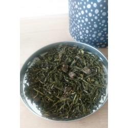 thé vert japonais parfaitement équilibré à la menthe rafraîchissante par Ochaya.