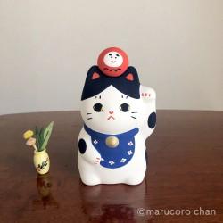 Chat porte bonheur artisanal en poterie japonaise par Marucoro chan.