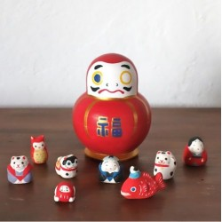 Daruma et engimono in stock