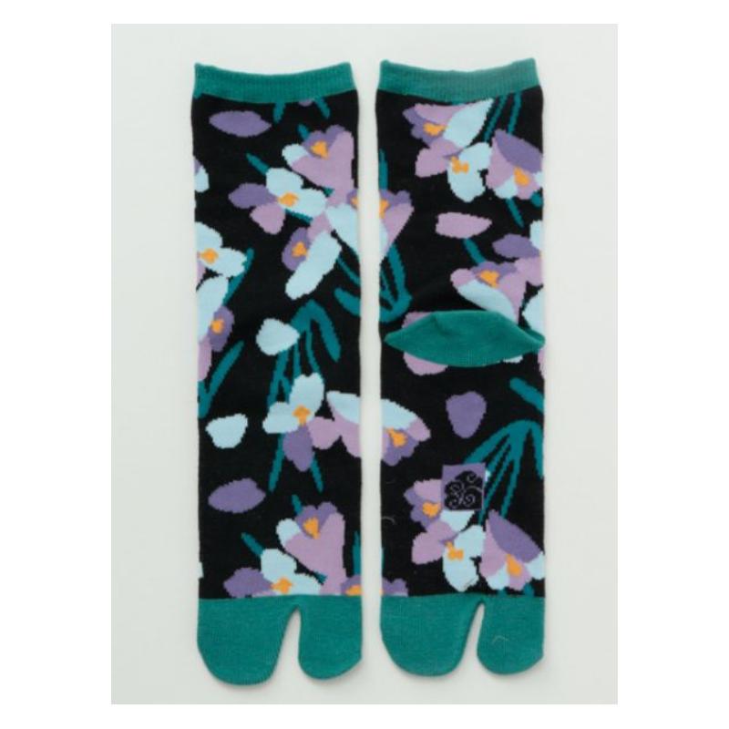 Japanese tabi cyclamen socks black