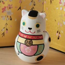 Manekineko poupée japonaise spécialement habillé pour fêter hanami artisanat japonais
