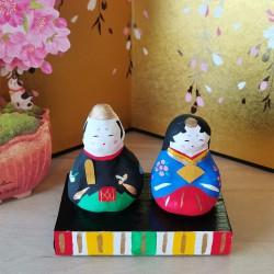 Ohinasama avec la scène Ichinomiya hariko artisanat japonais hinamatsuri